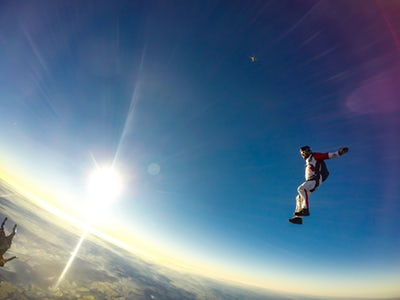 Essential Hand Gloves During Skydiving and Outdoors